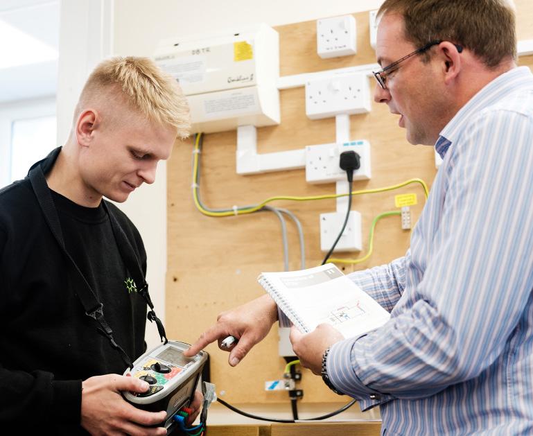 electrical contractor career